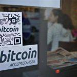 Dos operadores cambiarios que negocian con Bitcoin son acusados de lavado de dinero