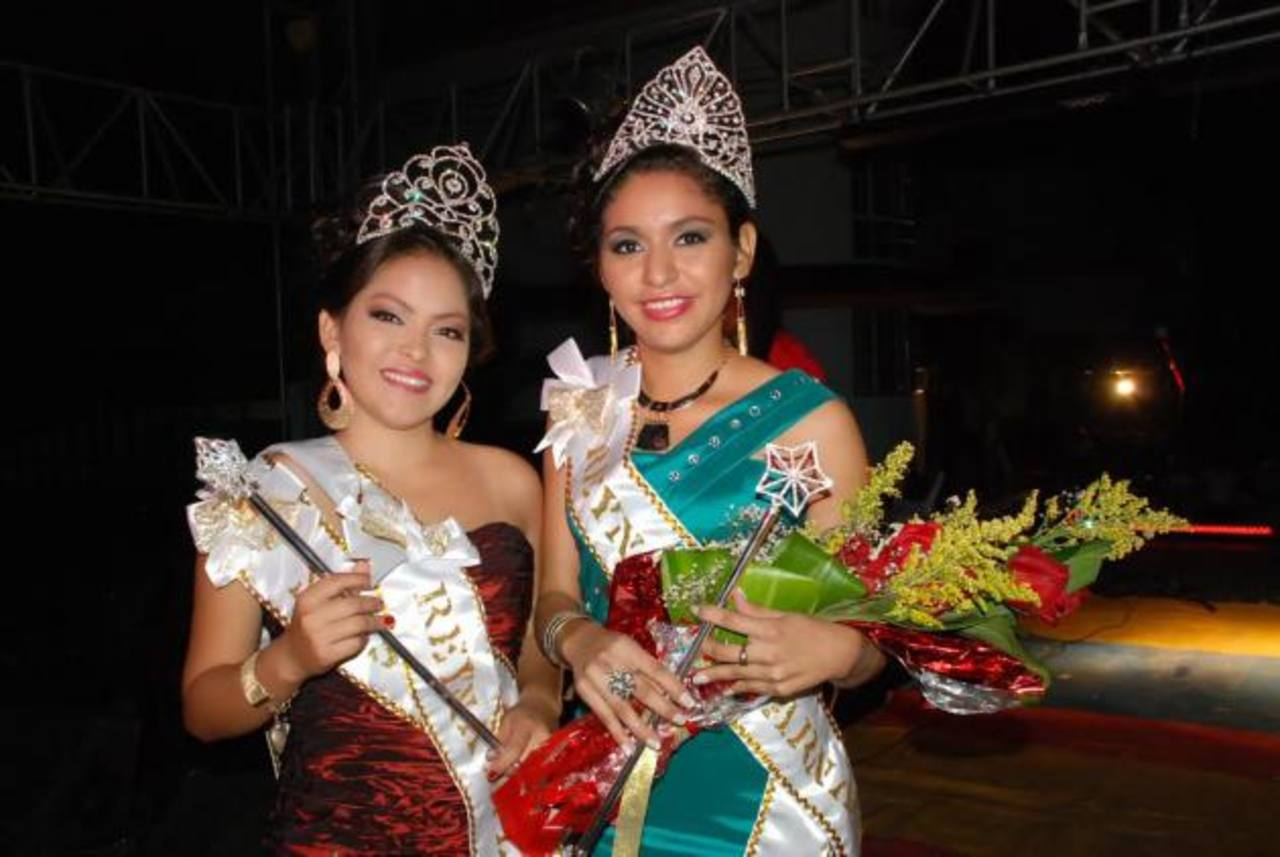 Luz Lizama y Yesenia Sánchez son las soberanas de los festejos que iniciarán el 17 de enero. Foto EDH / Insy Mendoza