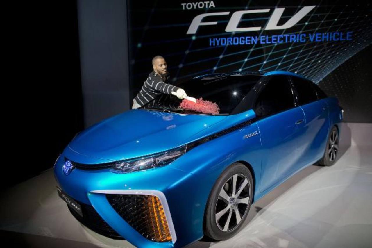 Toyota Motor Corp. venderá sus coches con combustible de hidrógeno entre 50.000 a 100.000 dólares. Foto EDH /ap