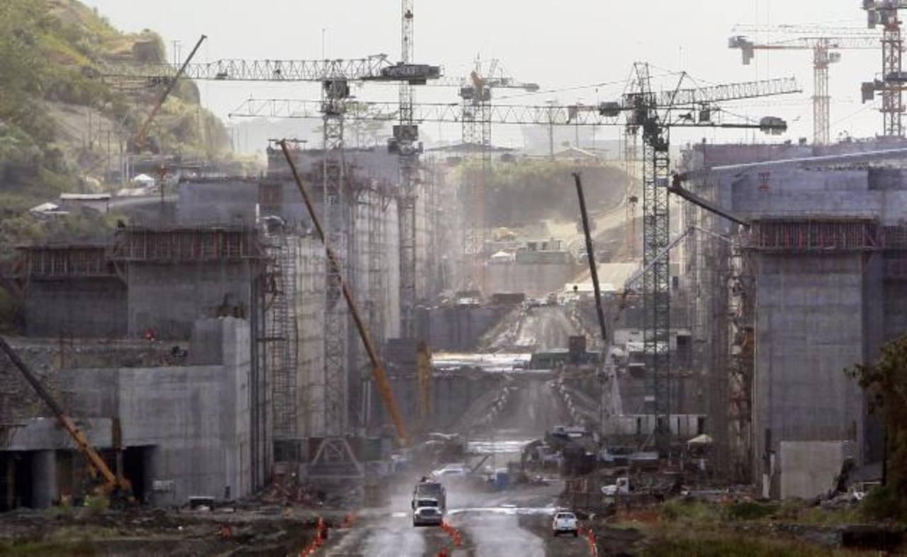 Las empresas que ampliarán el canal panameño han decidido respetar estrictamente el contrato.