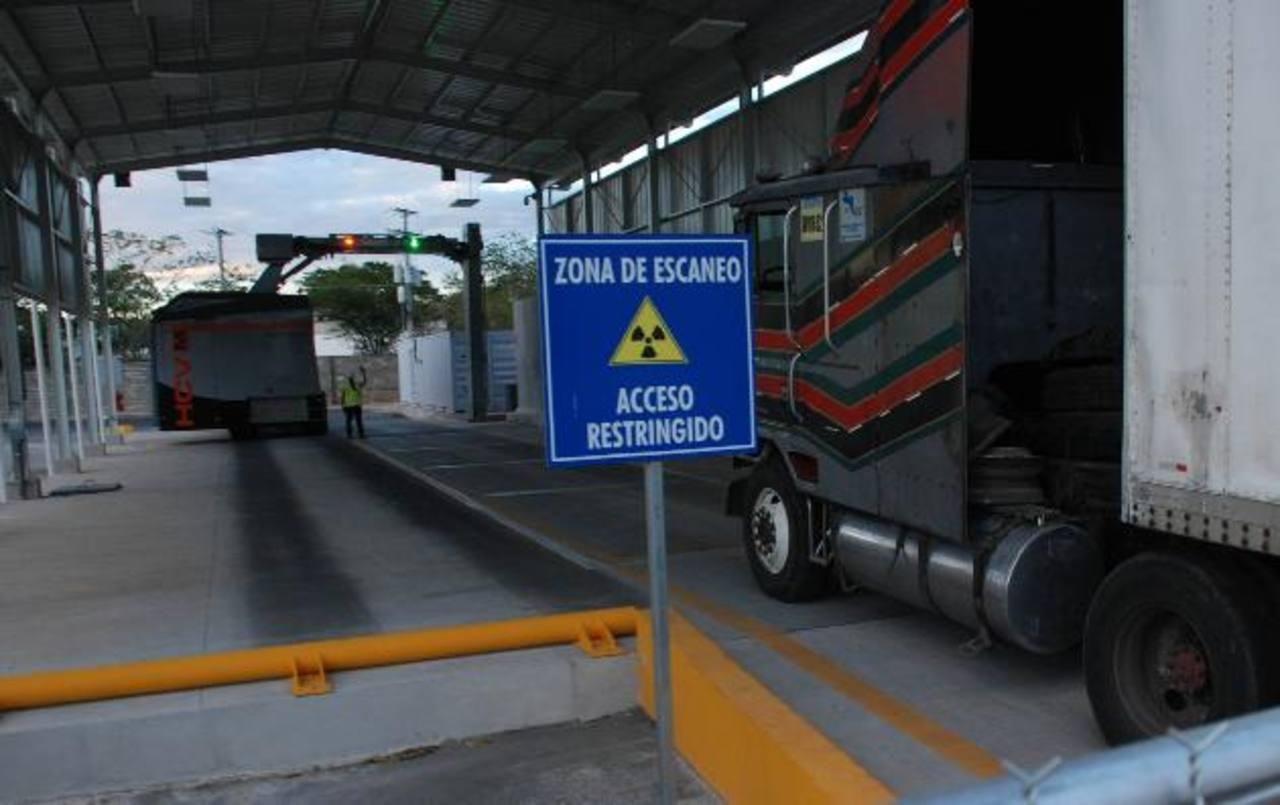 Se espera que una vez corregido el nuevo sistema agilice el tránsito en las fronteras. Foto edh/
