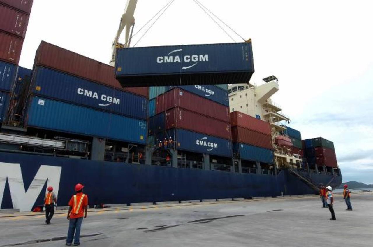 Centroamérica debe mirar hacia mercados no tradicionales para reducir el déficit importaciones-exportaciones, según la SIECA. Además debe buscar nuevos acuerdos. foto EDH