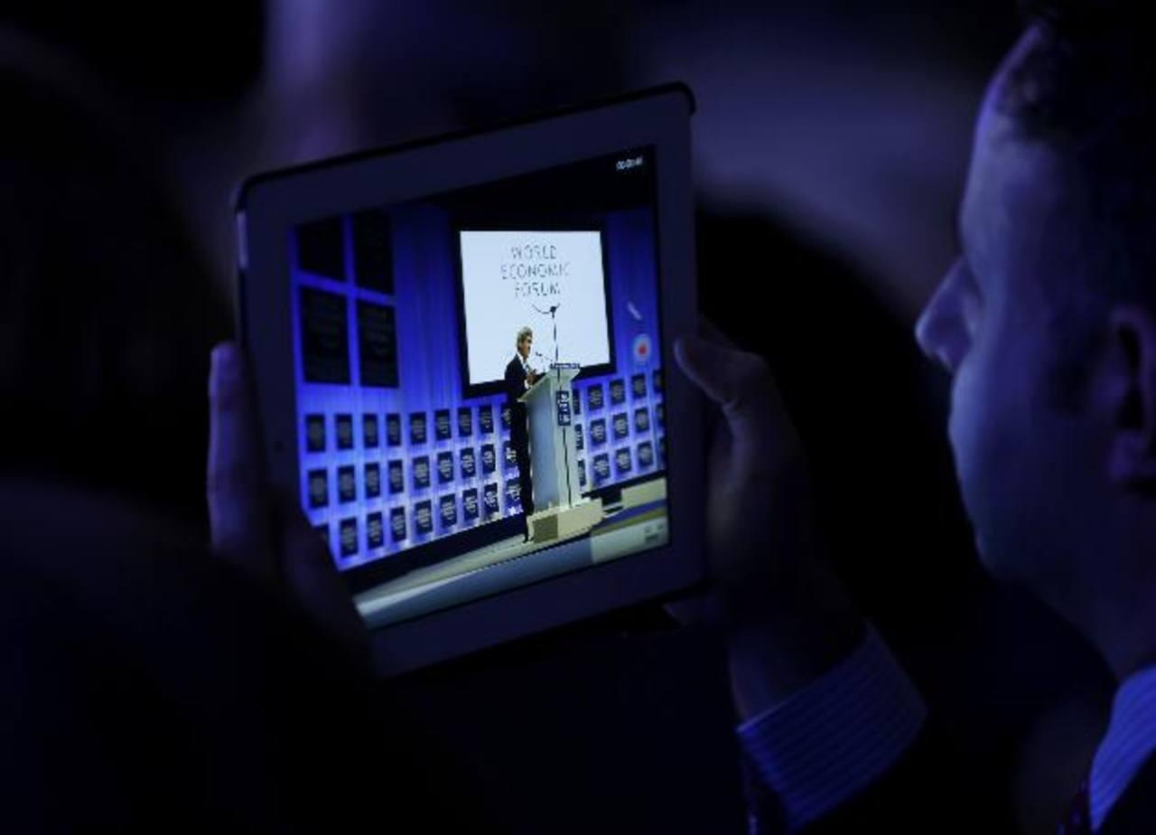 Smartphones, laptops, y tabletas impulsarán alrededor del 94% del tráfico de datos móviles globales para el año 2018.