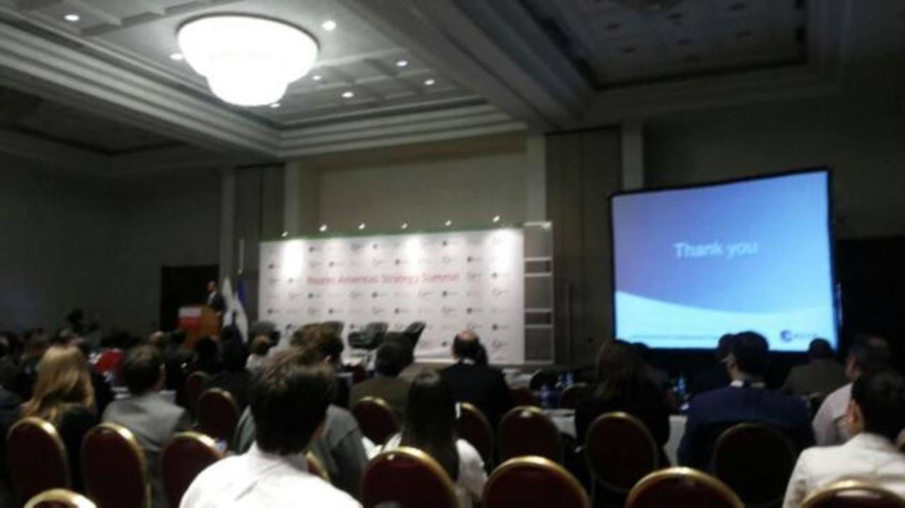 El evento reune a unos 400 profesionales de aeropuertos, operadores de turismo y aerolíneas