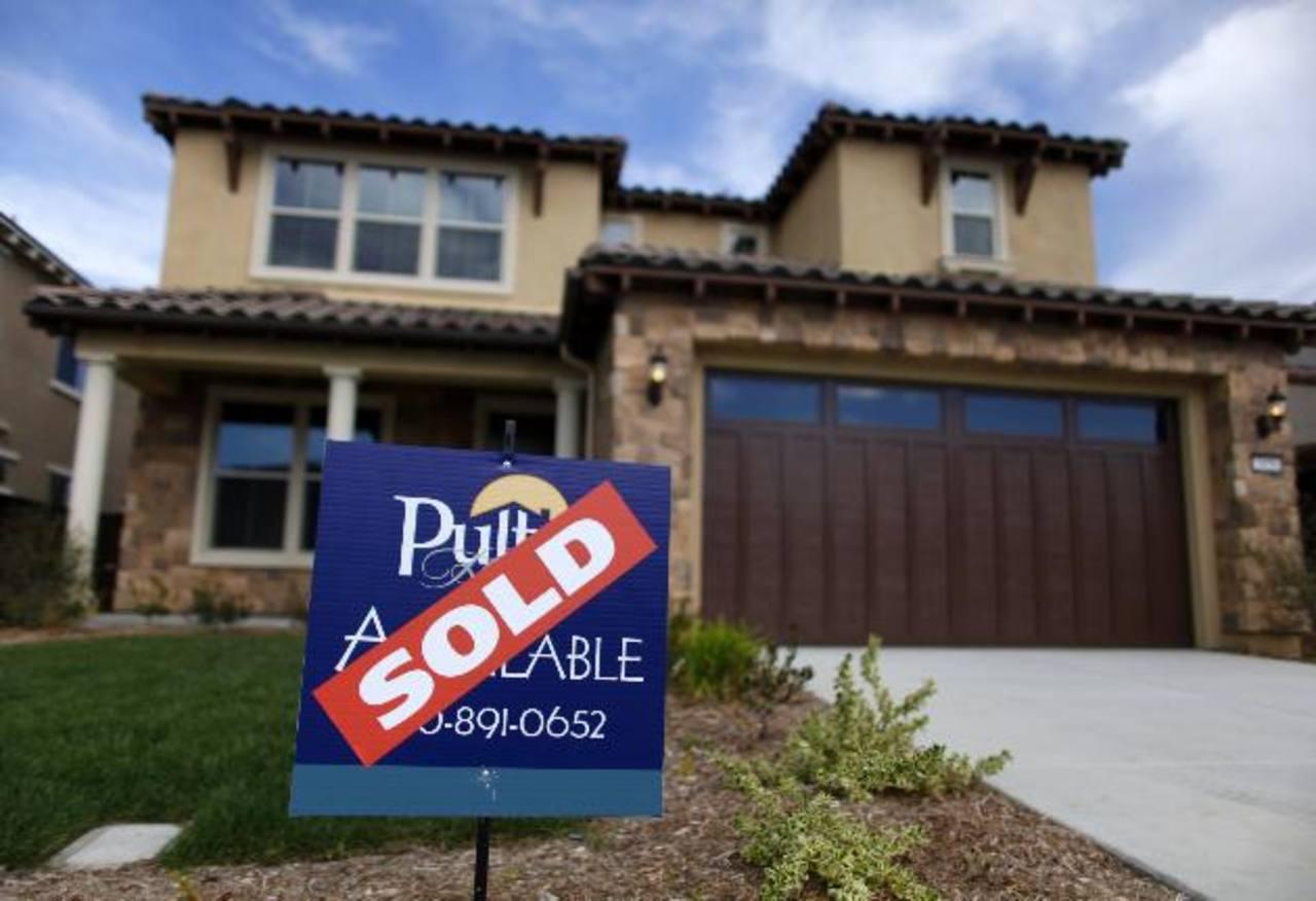 El precio de las casas nuevas subió 3.4% el mes pasado con respecto a enero 2013, hasta un promedio de $260,100.