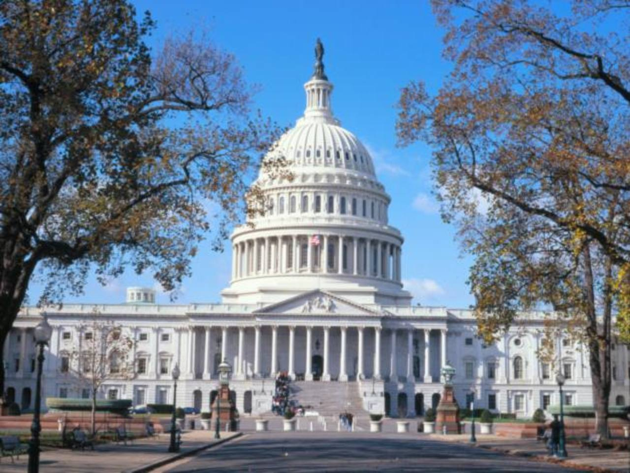 Senado de EE.UU. aprueba extensión de endeudamiento federal
