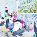 Fueron más de cuatro horas las que padres de familia, alumnos y maestros dedicaron a la actividad, el sábado pasado.