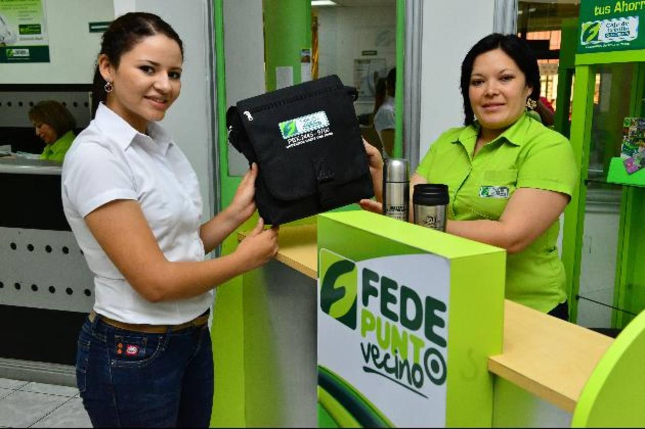 Los Fede Punto Vecino agilizan miles de transacciones en el interior del país. Foto EDH/Archivo