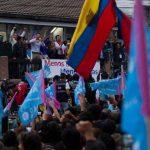 """El candidato opositor a la Alcaldía de Quito por la alianza Suma-Vive Mauricio Rodas prometió """"una alcaldía para todos los quiteños"""" tras conocerse resultados de varias encuestas a boca de urna. Foto/ EFE"""
