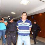 Ricardo Antonio Morales salió contento, el 31 de enero, tras escuchar el fallo del Tribunal Sexto de Sentencia. Foto EDH / Archivo
