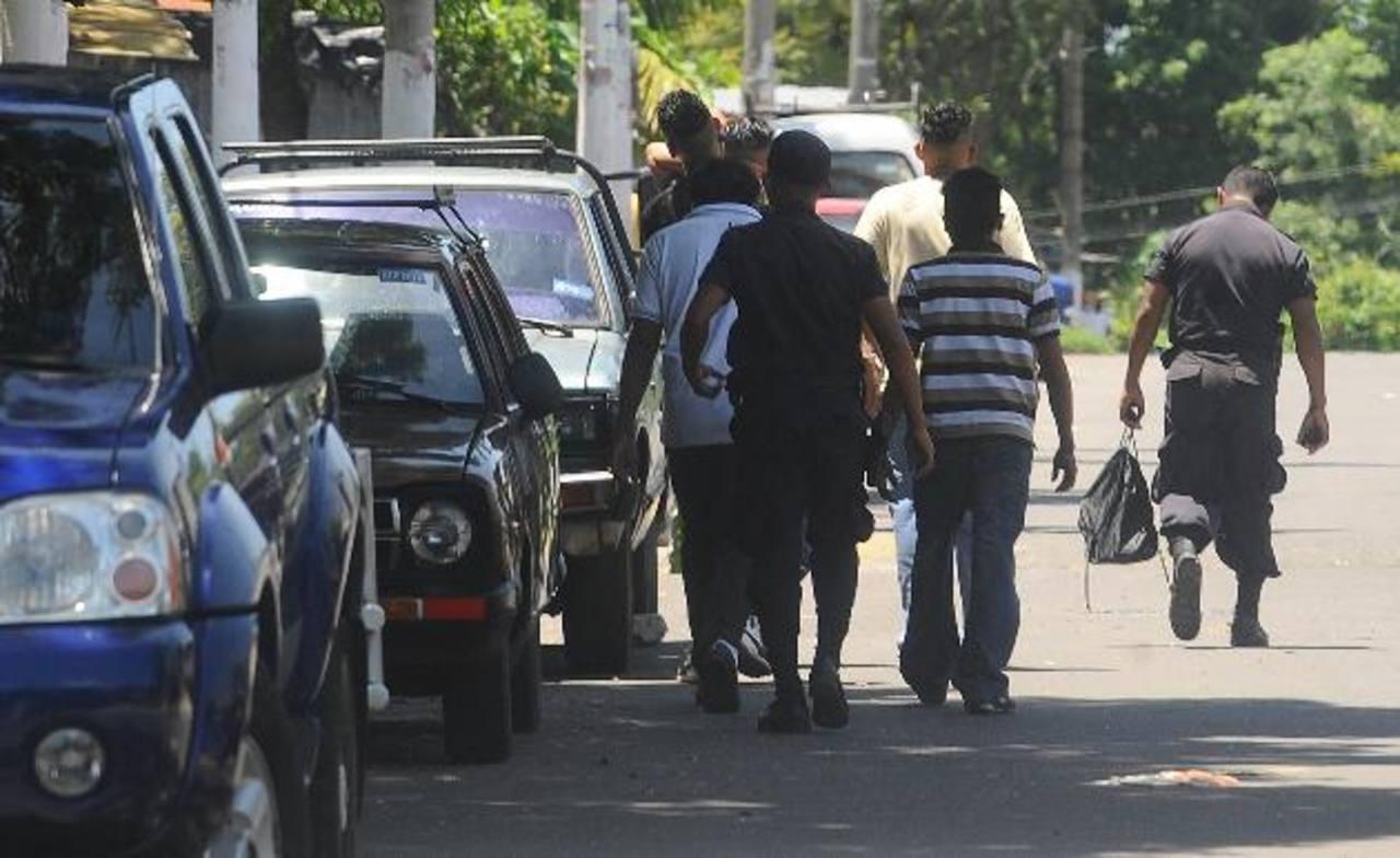 En Soyapango, la Policía Nacional Civil registra un acoso de las pandillas a los habitantes, pese a los planes de seguridad. Foto EDH / Archivo