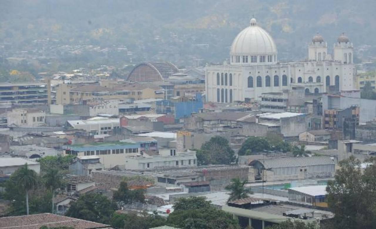La economía de El Salvador continúa estancada, según Informe de Coyuntura de Fusades, correspondiente al cuarto trimestre de 2013. Foto/ Archivo