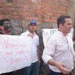 Parte de los manifestantes. FOTO EDH Edmee Velásquez, via Twitter.