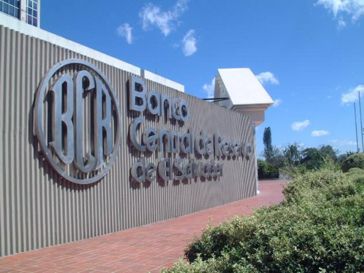 El Banco Central deberá de ejecutar el nuevo Sistema de Cuentas Nacionales 93 a corto plazo. FOTO EDH / ARCHIVO