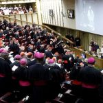 """E Papa Francisco pidió a los más de 180 cardenales convocados al Consistorio extraordinario que reflexionen """"sobre la familia, que es la célula básica de la sociedad humana""""."""