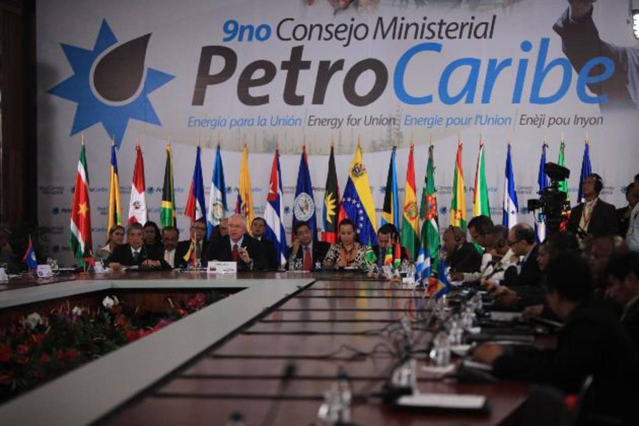 Imagen de la VII Cumbre de Jefes de Estado y de Gobierno de Petrocaribe, en Caracas. Hasta el momento se han realizado 7 cumbres presidenciales y 9 consejos ministeriales. Foto EDH / archivo