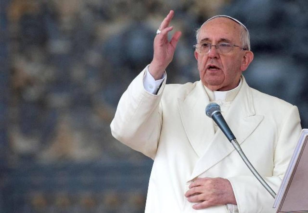El Papa pide que cese la violencia en Venezuela