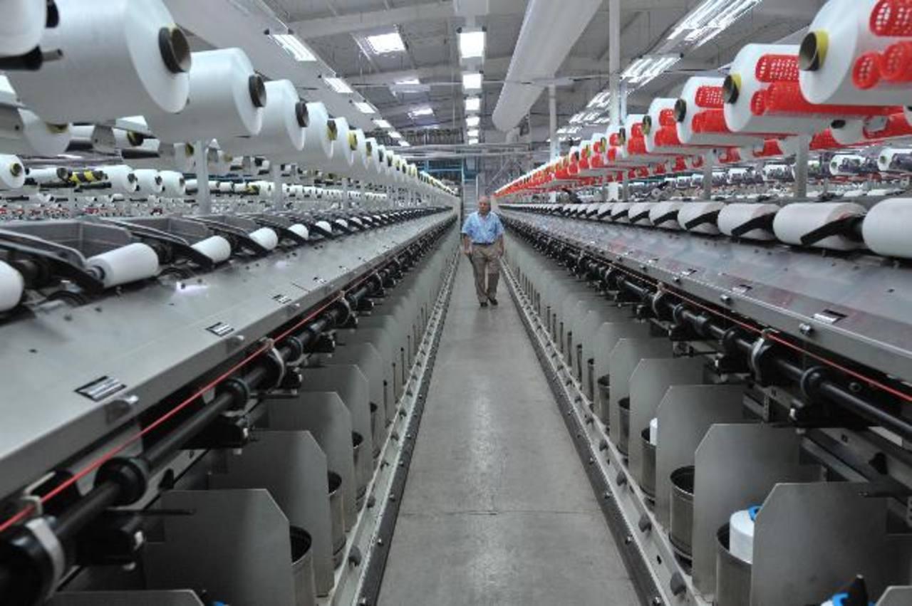 Los empresarios también se dedicarán a evaluar el lento crecimiento del sector Textil y Confección en El Salvador para encontrar soluciones a dicha problemática. foto EDH / archivo