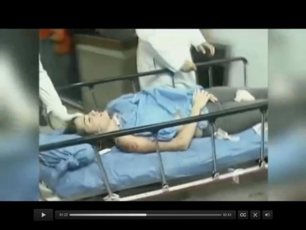En la imagen de la izquierda se ve a Génesis Carmona cuando ingresa al hospital herida; a la derecha, durante una sesión fotográfica. foto edh /internet
