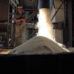 El azúcar es el principal producto que compra Taiwán en El Salvador. Foto edh / archivo