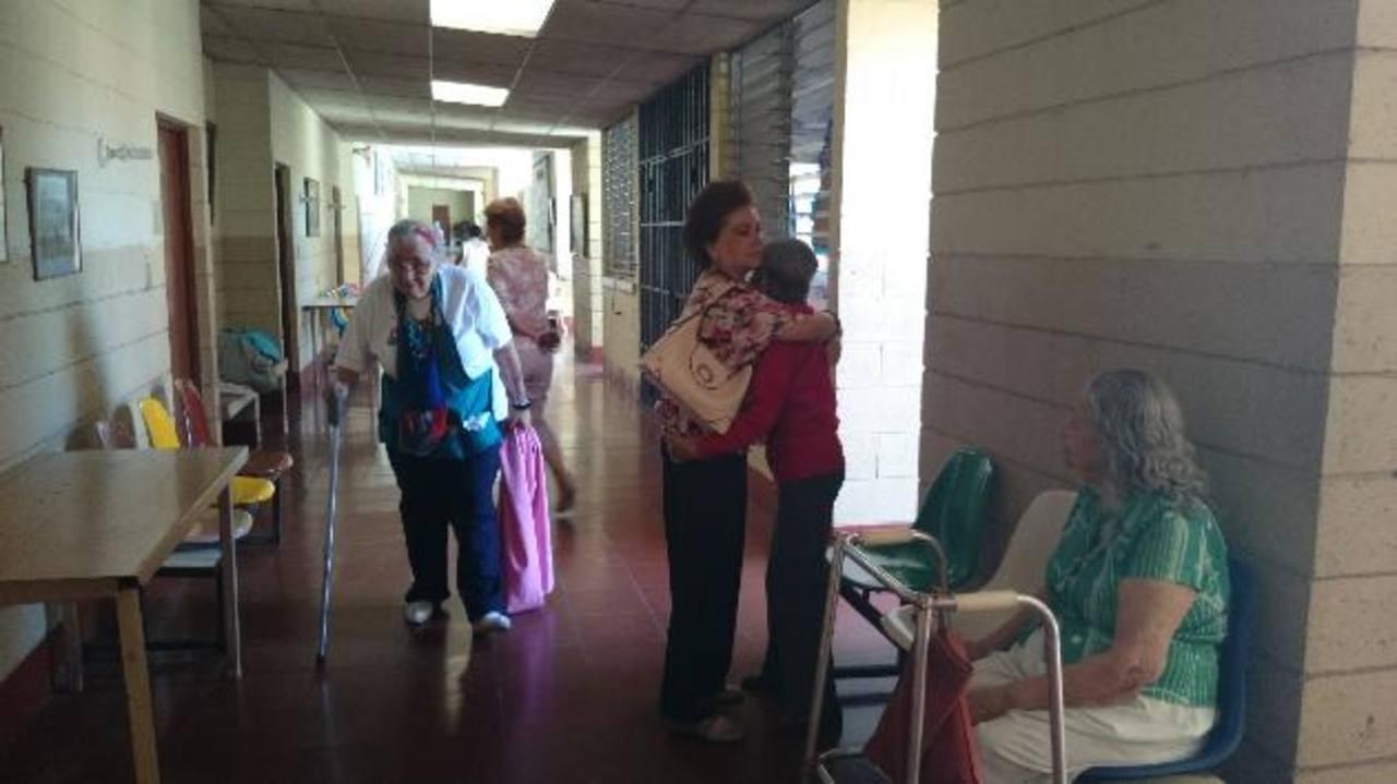 Los ancianos del hogar reciben asistencia alimenticia, recreativa y cuidados médicos. Foto EDH / Archivo