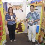 Durante la Expo Walmart 2014, los fabricantes aprovechan para presentar la diversidad de sus productos. EDH/ Magdalena Reyes