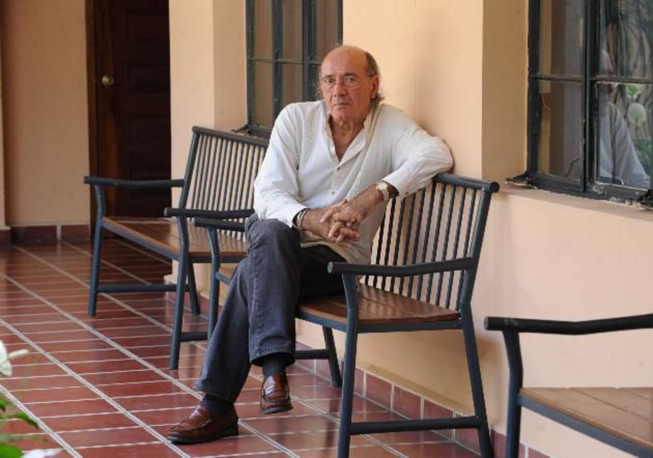 Luis Valdivieso tuvo grandes lazos de hermandad con El Salvador. Su aporte fue notorio y plural. foto edh/ archivo