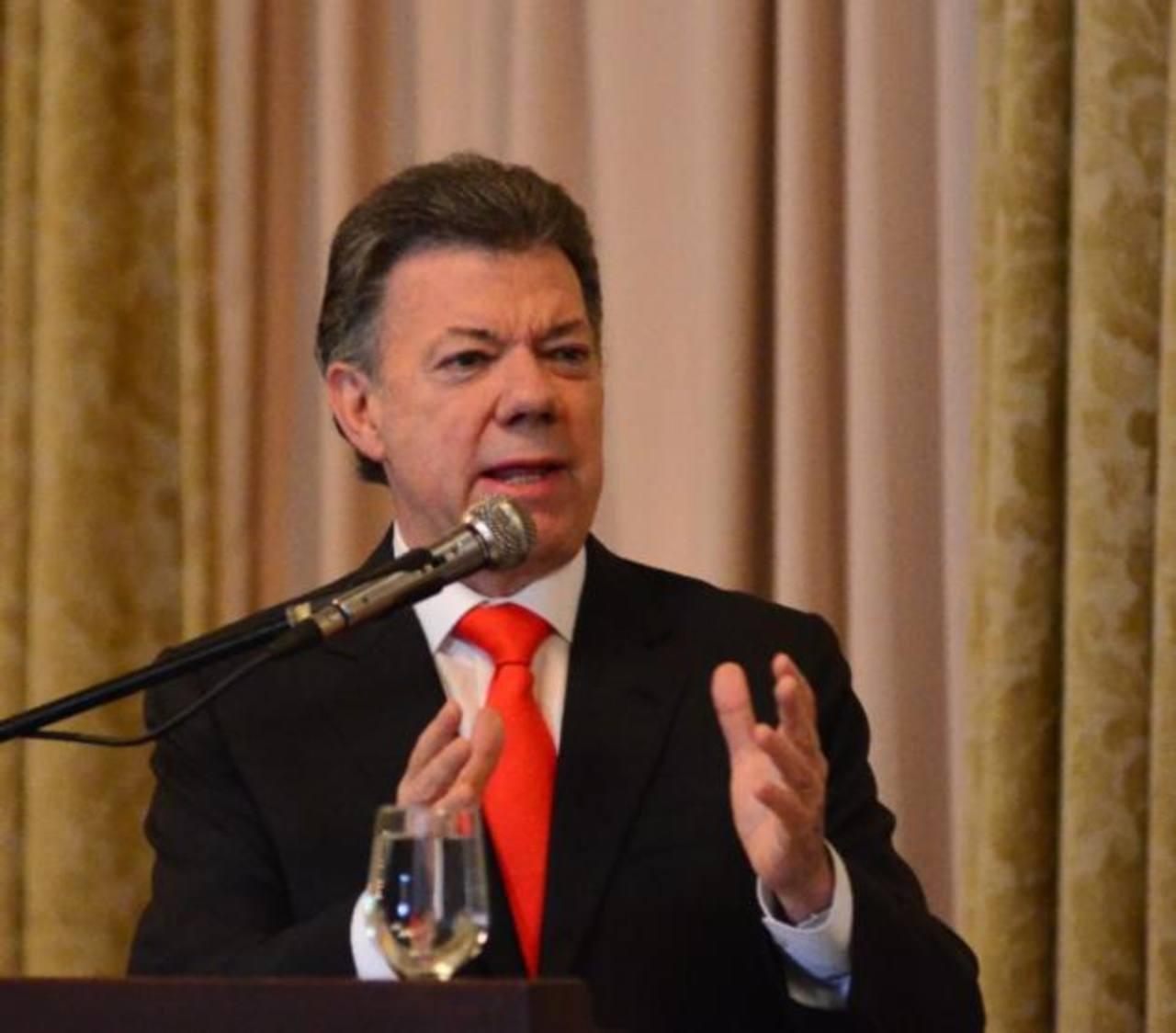 Colombia: relevan comandante de Fuerzas Militares