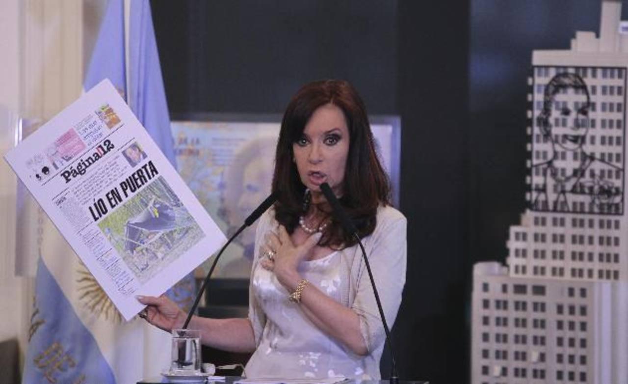 Fernández, de nuevo en medio de tensiones, devaluación y la escalada de precios. foto edh / efe