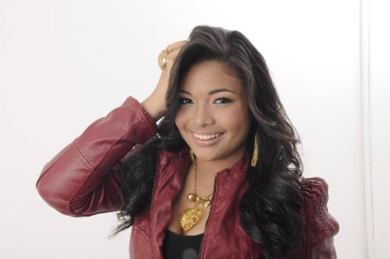 """Ya suena en las radios nacionales el tema """"Tu cariñito"""", de la cantante panameña Any Victoria."""