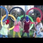 "El grupo lanzo su nuevo video ""anti- Putin"""