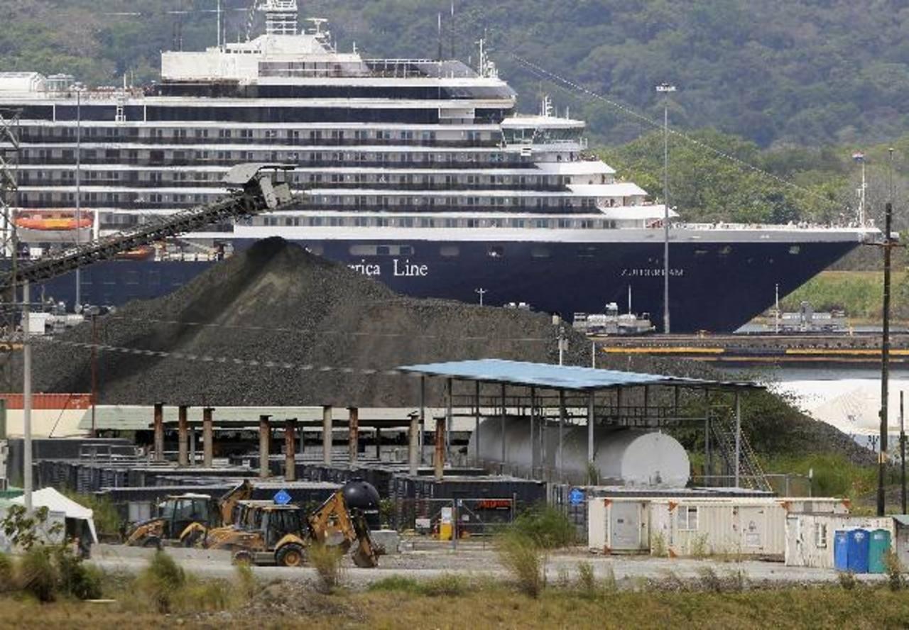 Reanudan trabajos de ampliación en Canal de Panamá | elsalvador.com