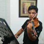 Pedro Luis Meléndez se incorporó este lunes a la Orquesta Sinfónica Juvenil de Veracruz, en donde incrementará su nivel de dominio del violín. Foto EDH / ARCHIVO