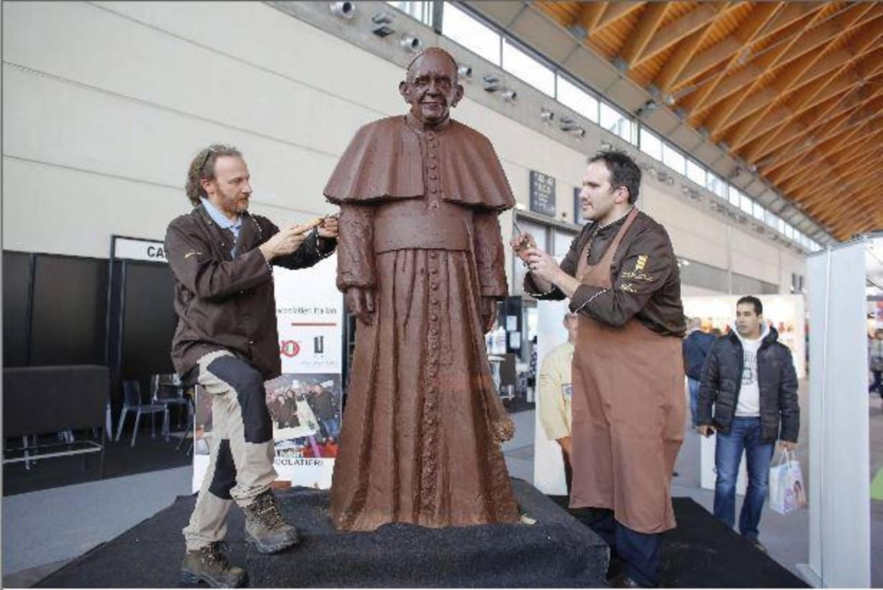 Escultura donada al Papa Francisco.