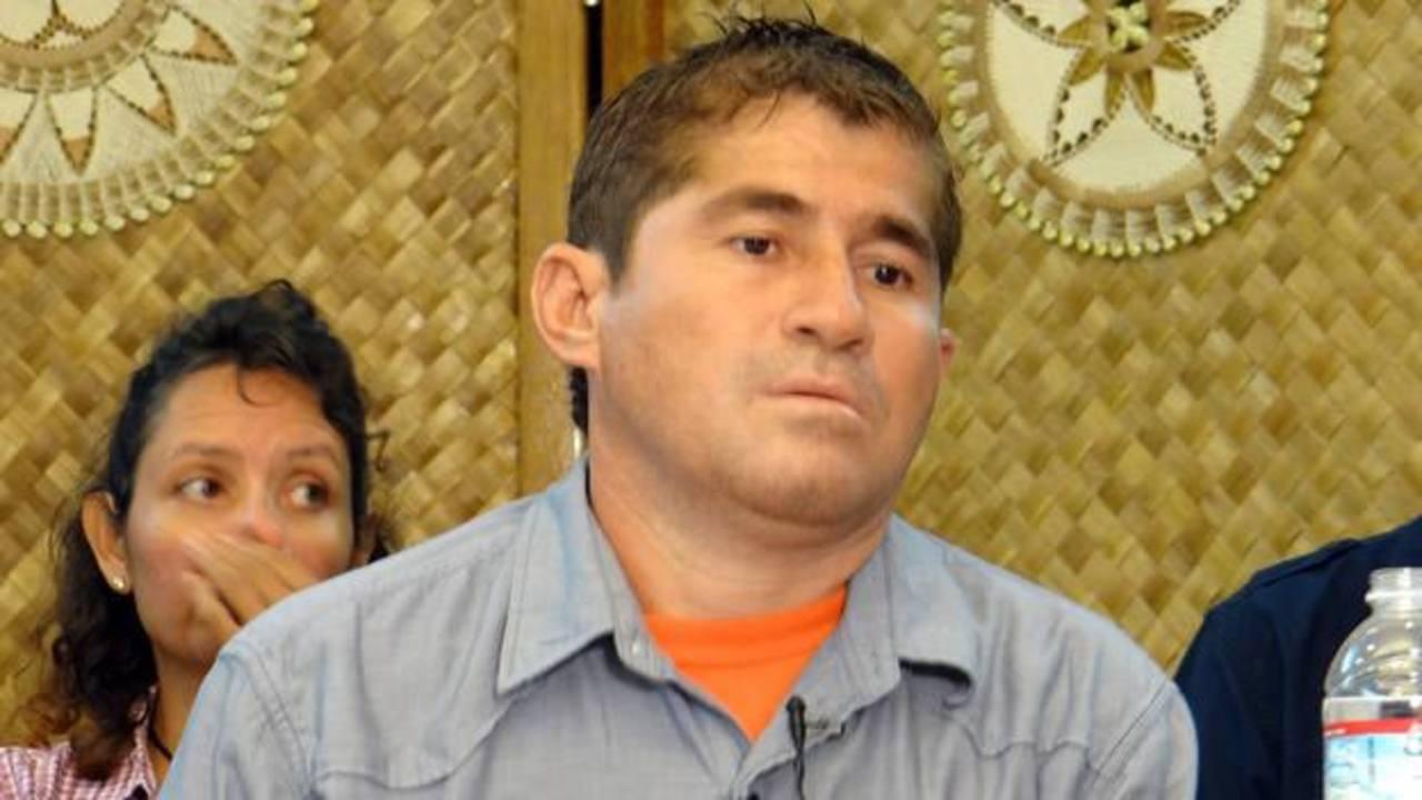 José Salvador Alvarenga durante su comparecencia con los medios este jueves. Foto AFP