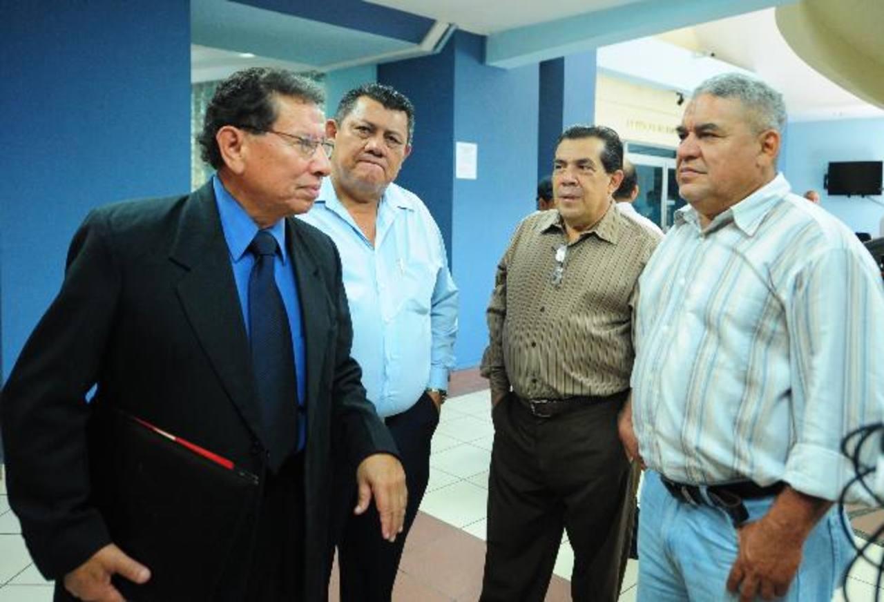 Rodrigo Contreras Teos, Manuel Gómez, Miguel Castañeda y Eduardo Mendoza, todos directivos de Sipago.foto archivo