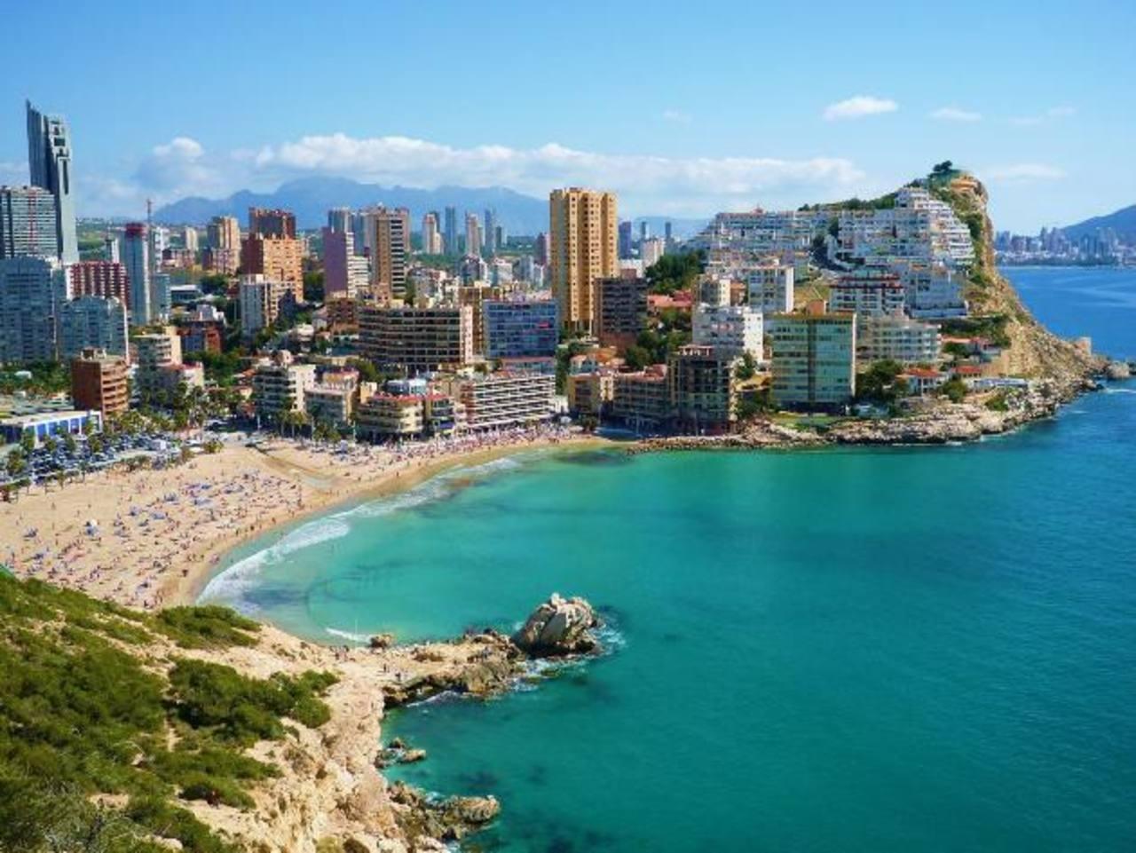 La idea es promocionar destinos de la UE y, sobre todo, a Alicante, en España. Foto EDH