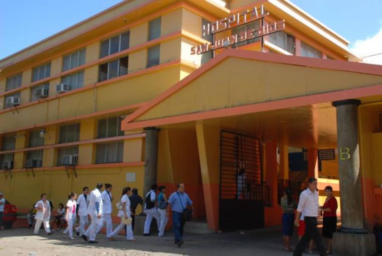 Un empleado del hospital de Santa Ana y un juez de Chalchuapa fue detenido por delitos sexuales en casos distintos. FOTO EDH FOTO EDH / rené quintanilla