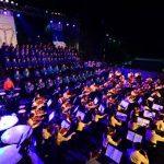Los niños y jóvenes que integran la Orquesta Esperanza Azteca impresionaron al público con su entrega. fotos EDH / Jorge Reyes
