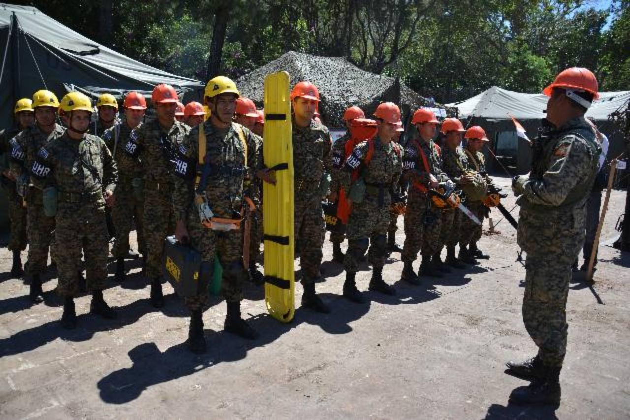 Los residentes en los cantones del volcán avalan la llegada de los militares a la zona de Conacastal. foto edh / carlos segovia
