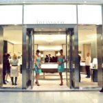 La cadena de joyerías con sede en Nueva York registró un incremento de 6% en sus ventas comparables del cuarto trimestre que culminó el 31 de enero.