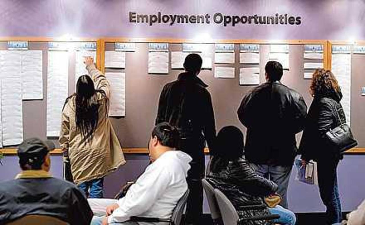 El sector manufacturero registró el séptimo mes seguido de incrementos en el empleo, al sumar 6,00 posiciones, el mismo aumento de enero.
