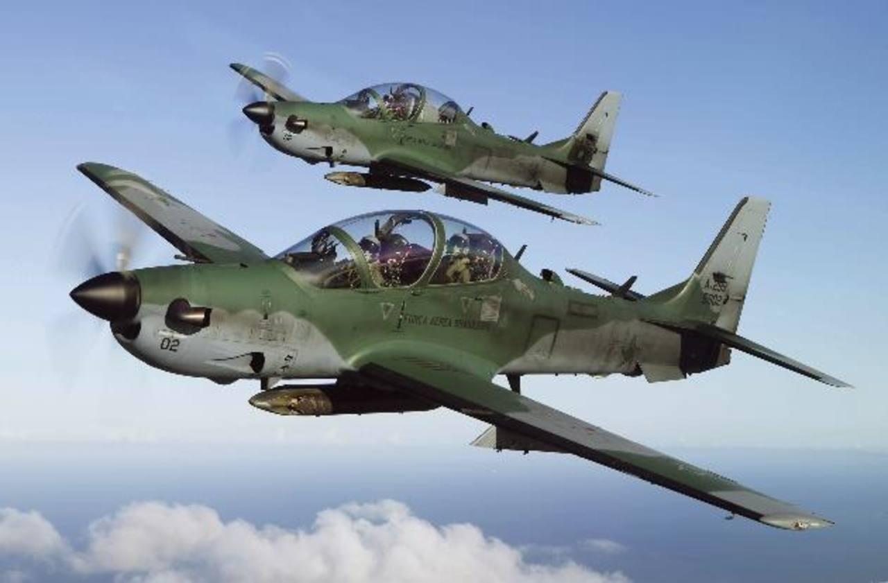 Guatemala fue el primer país centroamericano en adquirir aviones EMB-314 Super Tucano, de los cuales encargó seis.