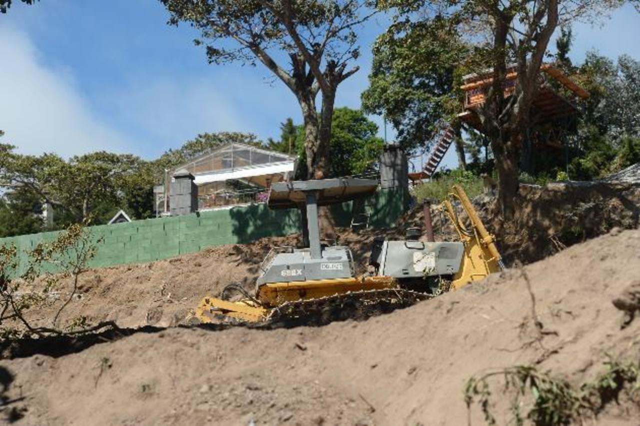Riesgo por tala y terracería en el volcán de San Salvador