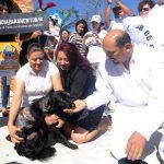 """El caso del perro """"Newton"""" causó enojo y protestas entre la población al ser quemado con agua hirviendo. FOTO EDH Archivo."""