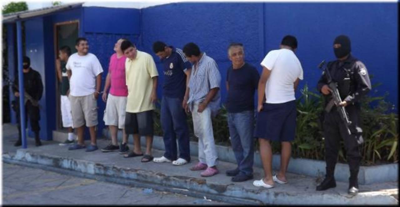 Los sujetos fueron detenidos en operativos realizados en Mejicanos. Foto EDH / Policía Nacional Civil
