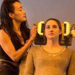 """Maggie Q, izquierda, como Tori y Shailene Woodley como Beatrice """"Tris"""" Prior, en la película """"Divergent"""". Foto/ AP"""