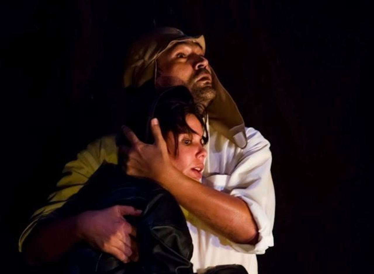 """Linnet Luján y René Lovo darán vida a Consuelo Suncín y Antonie de Saint-Exupéry en la obra """"Volcán sobre los techos de París""""."""