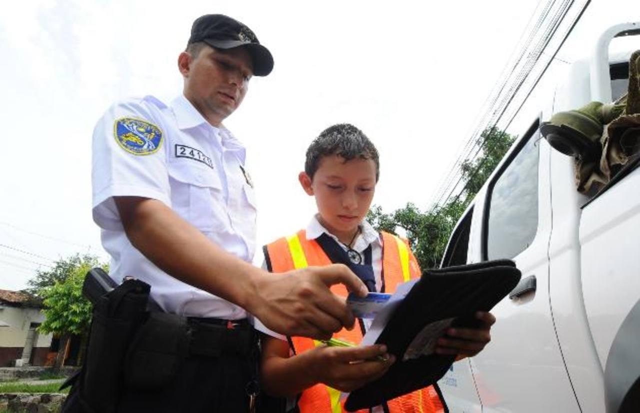 Las campañas de educación vial fomenta el respeto al Reglamento General de Tránsito entre los estudiantes.