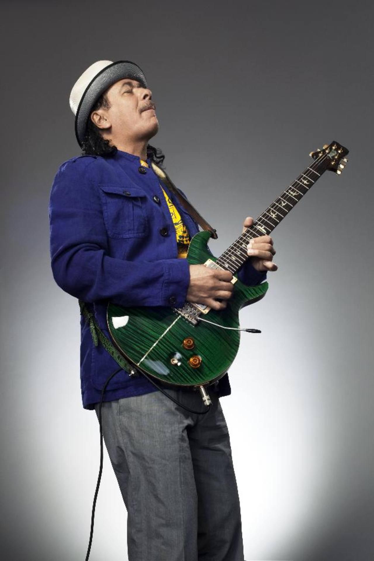 """Carlos Santana: """"El espíritu y el alma no tienen edad"""""""